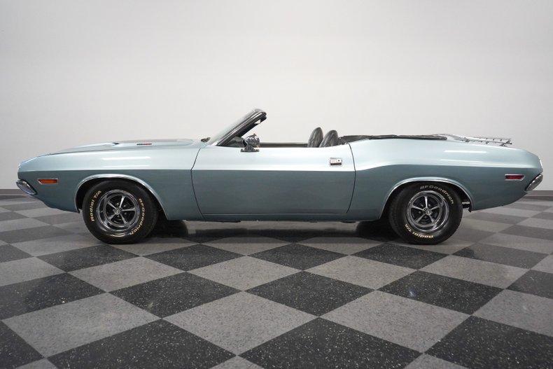 1971 Dodge Challenger 2