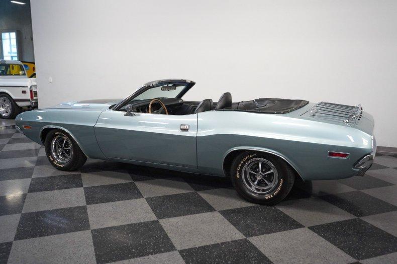 1971 Dodge Challenger 8