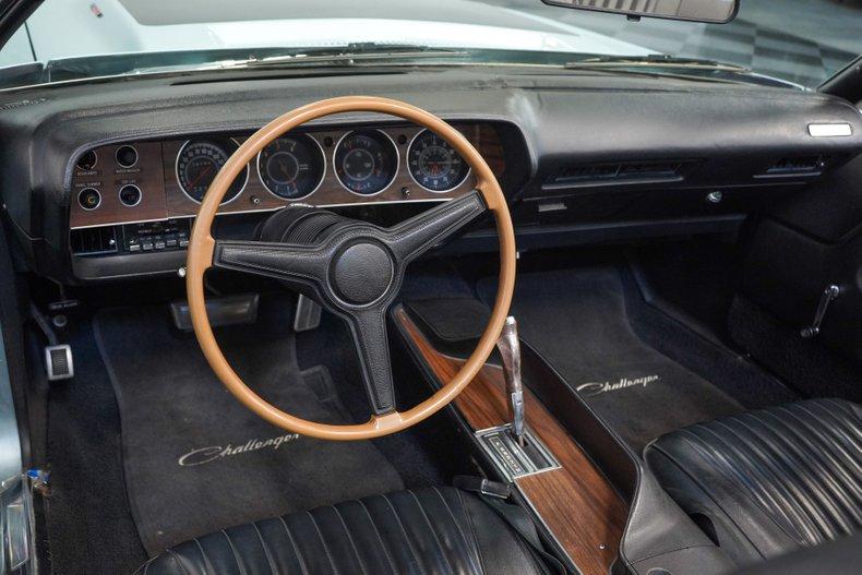 1971 Dodge Challenger 47