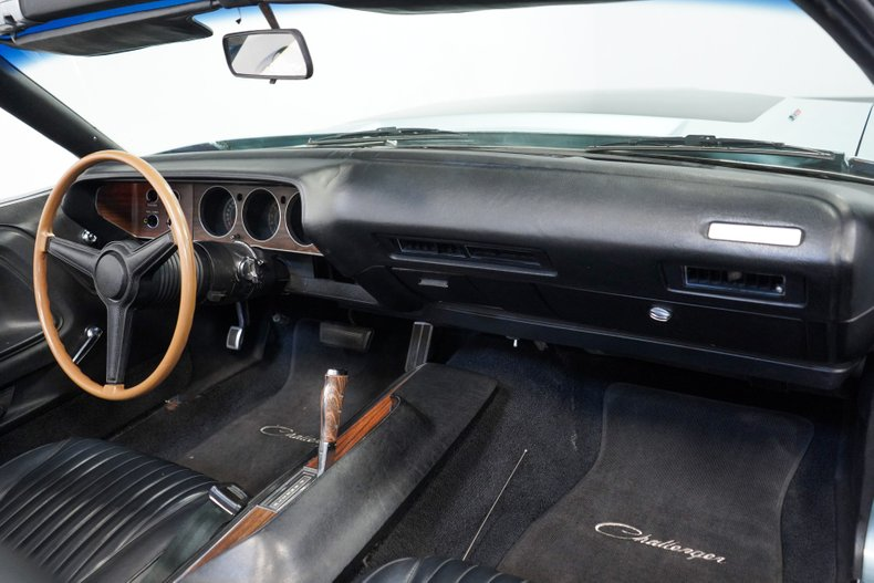 1971 Dodge Challenger 58