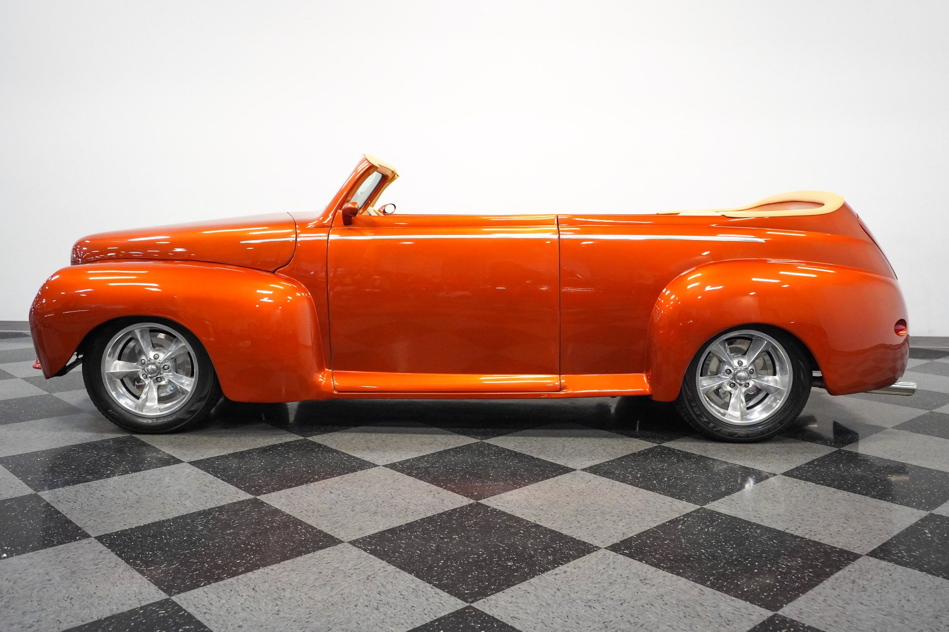 1947 ford custom roadster