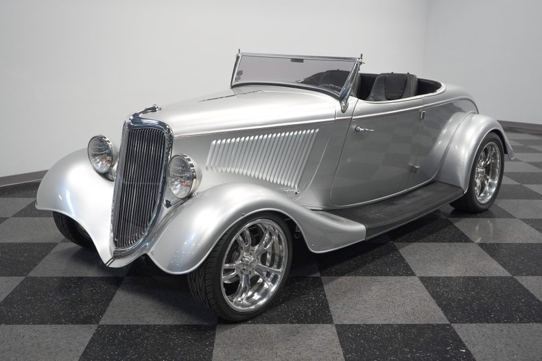 1934 Ford Roadster 5