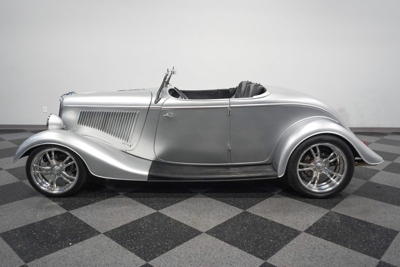 1934 Ford Roadster 7
