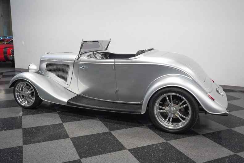 1934 Ford Roadster 8