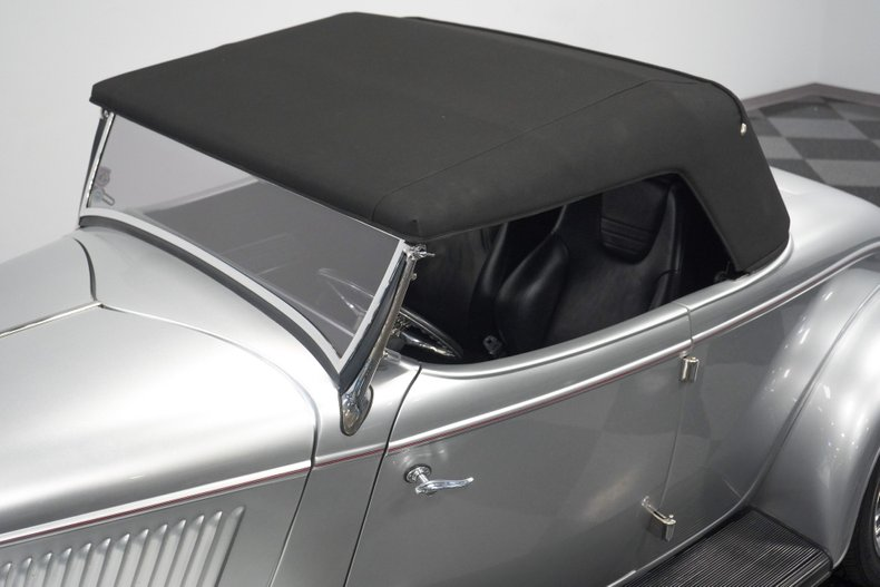 1934 Ford Roadster 65