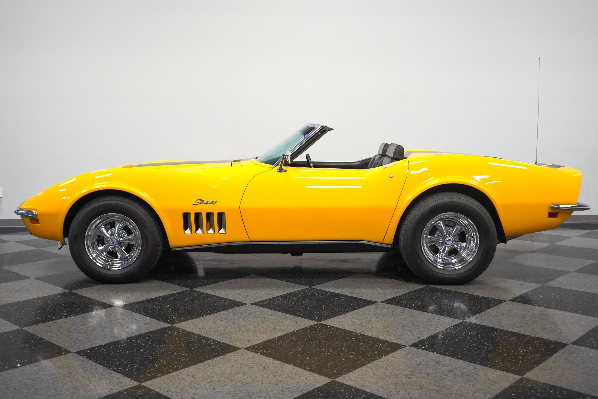 1969 chevrolet corvette 427 stingray convertible
