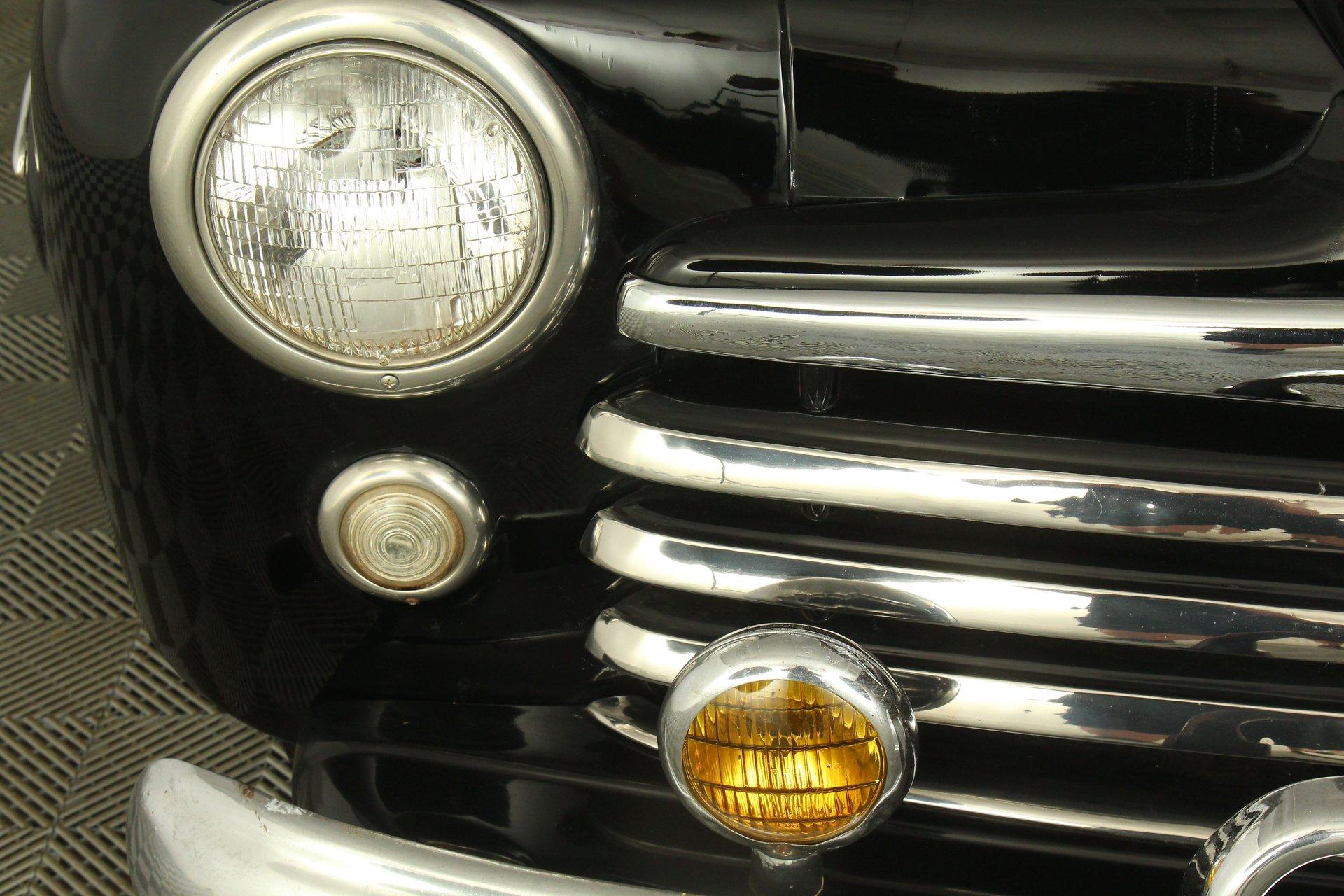 1948 Ford Sedan