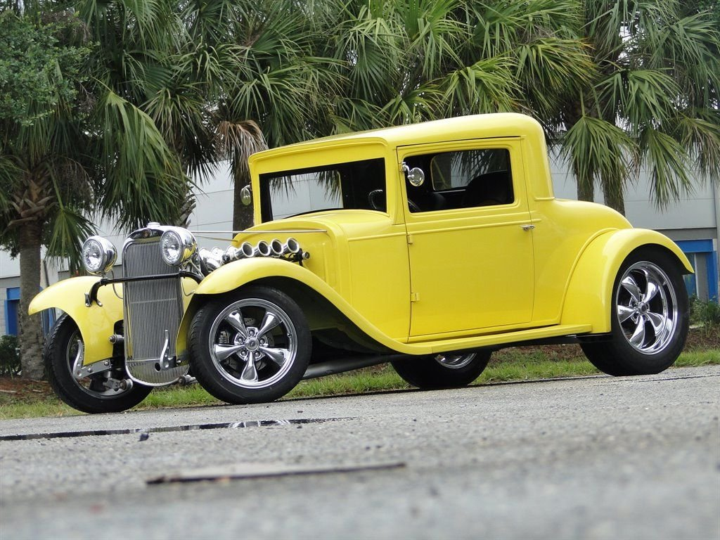 1930 oldsmobile 3 window 2 door