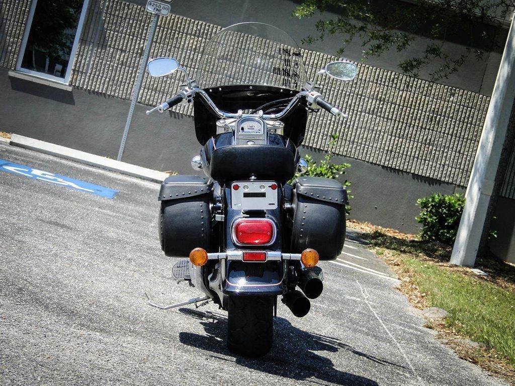 2003 Suzuki Intruder