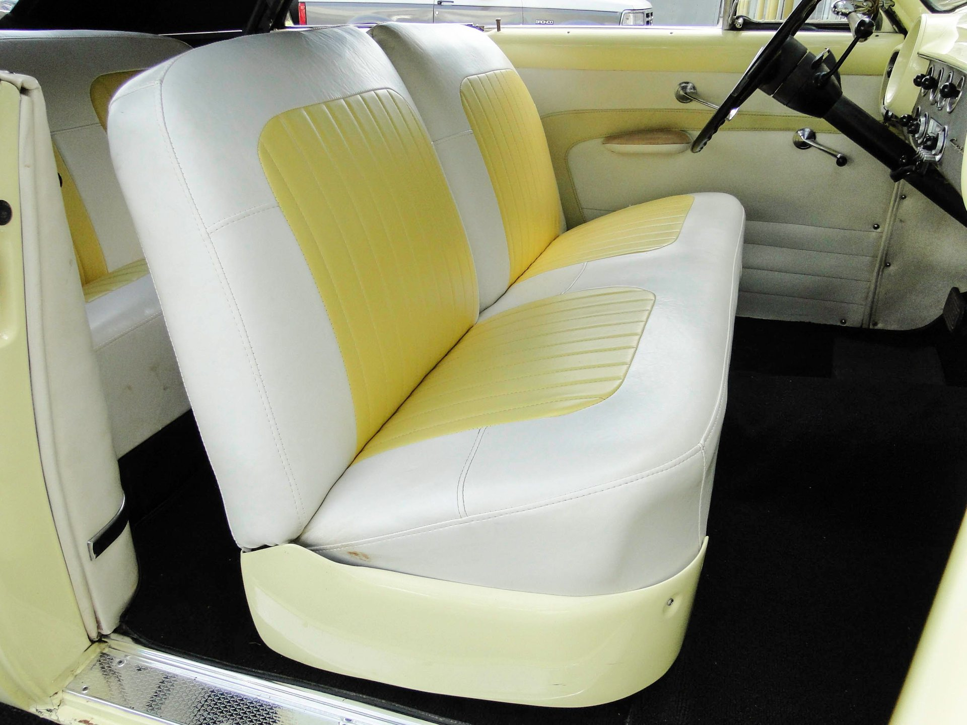 1951 Ford Deluxe