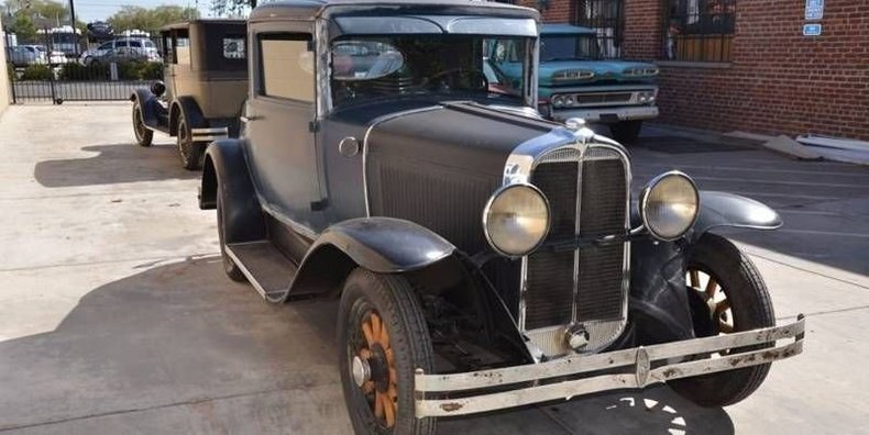1929 Pontiac 3-Window Coupe