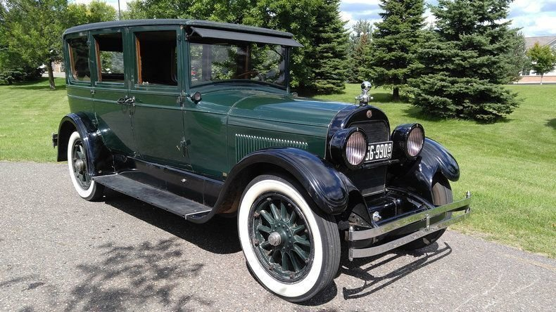 1924 cadillac 7 passenger sedan