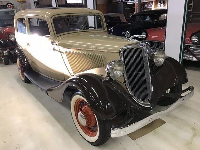 1934 ford model 40 b 2 dr sedan
