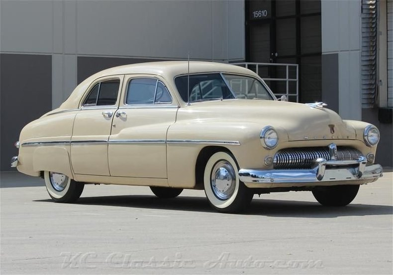 1949 mercury sedan flat head v8