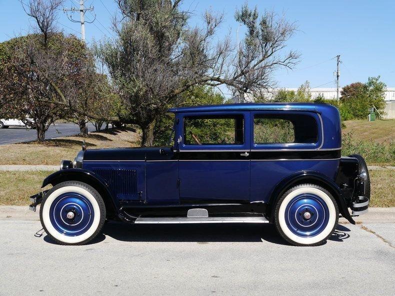1927 Nash 333 Sedan Two Door