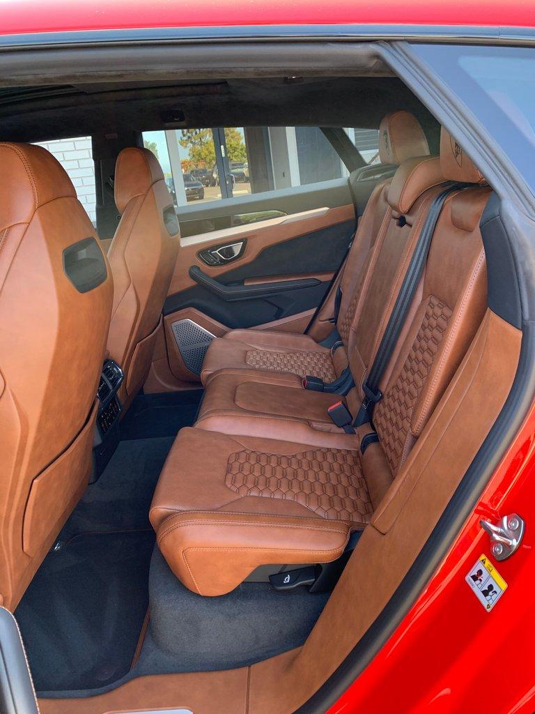 2019 Lamborghini Urus SUV