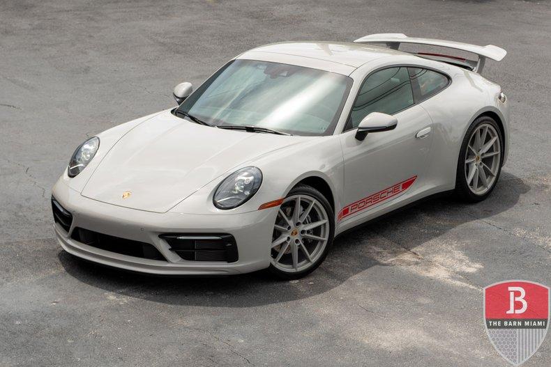 2021 Porsche Carrera