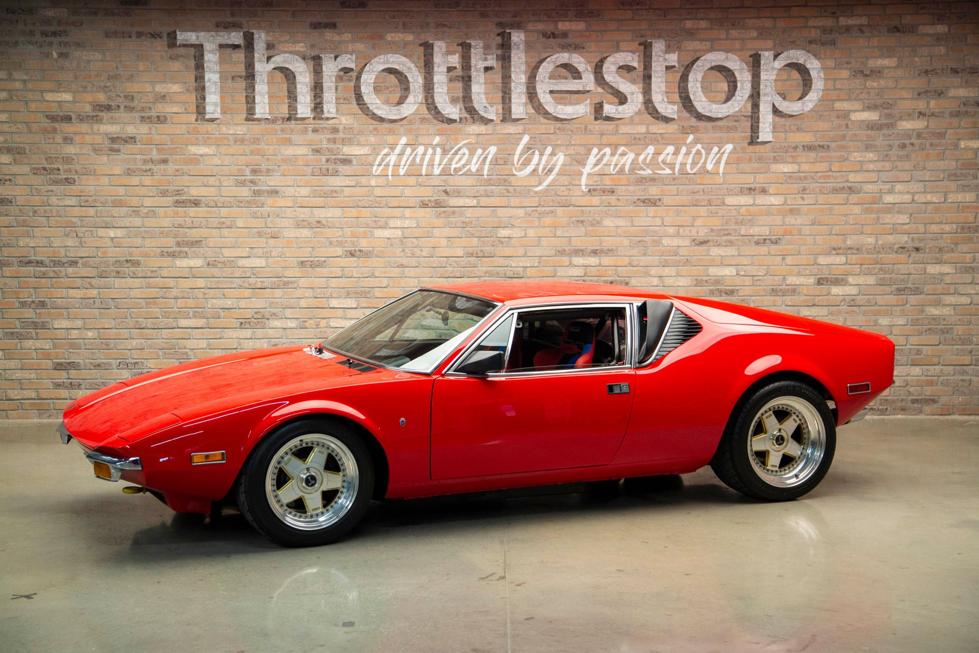1972 de tomaso pantera 2 door racer