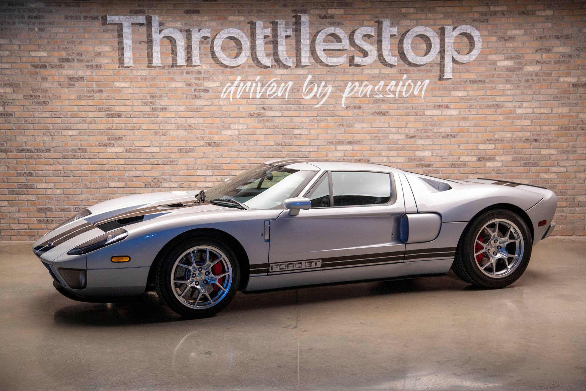 2005 ford gt quick silver metallic