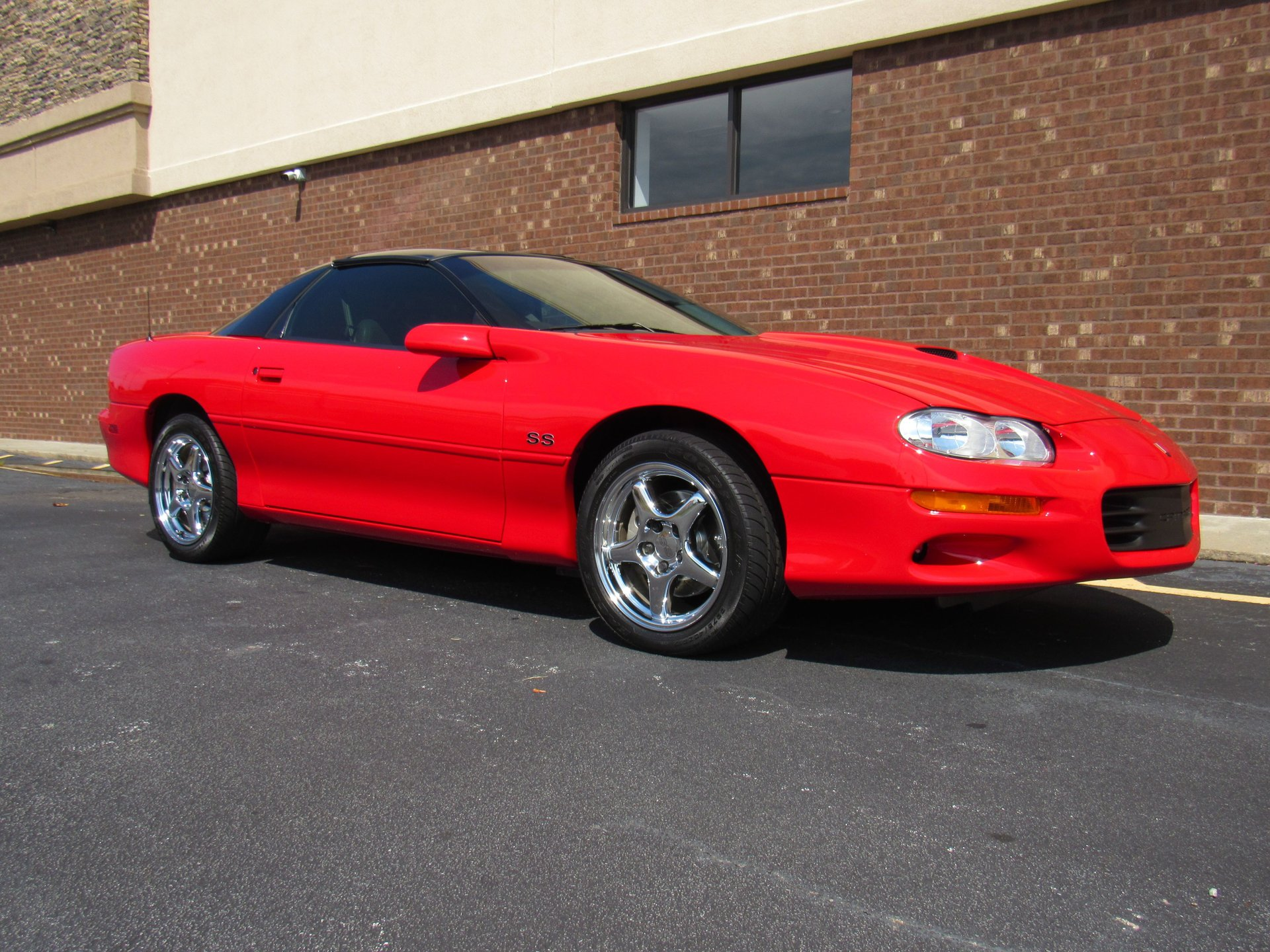 Auction 2000 Chevrolet Camaro Z28