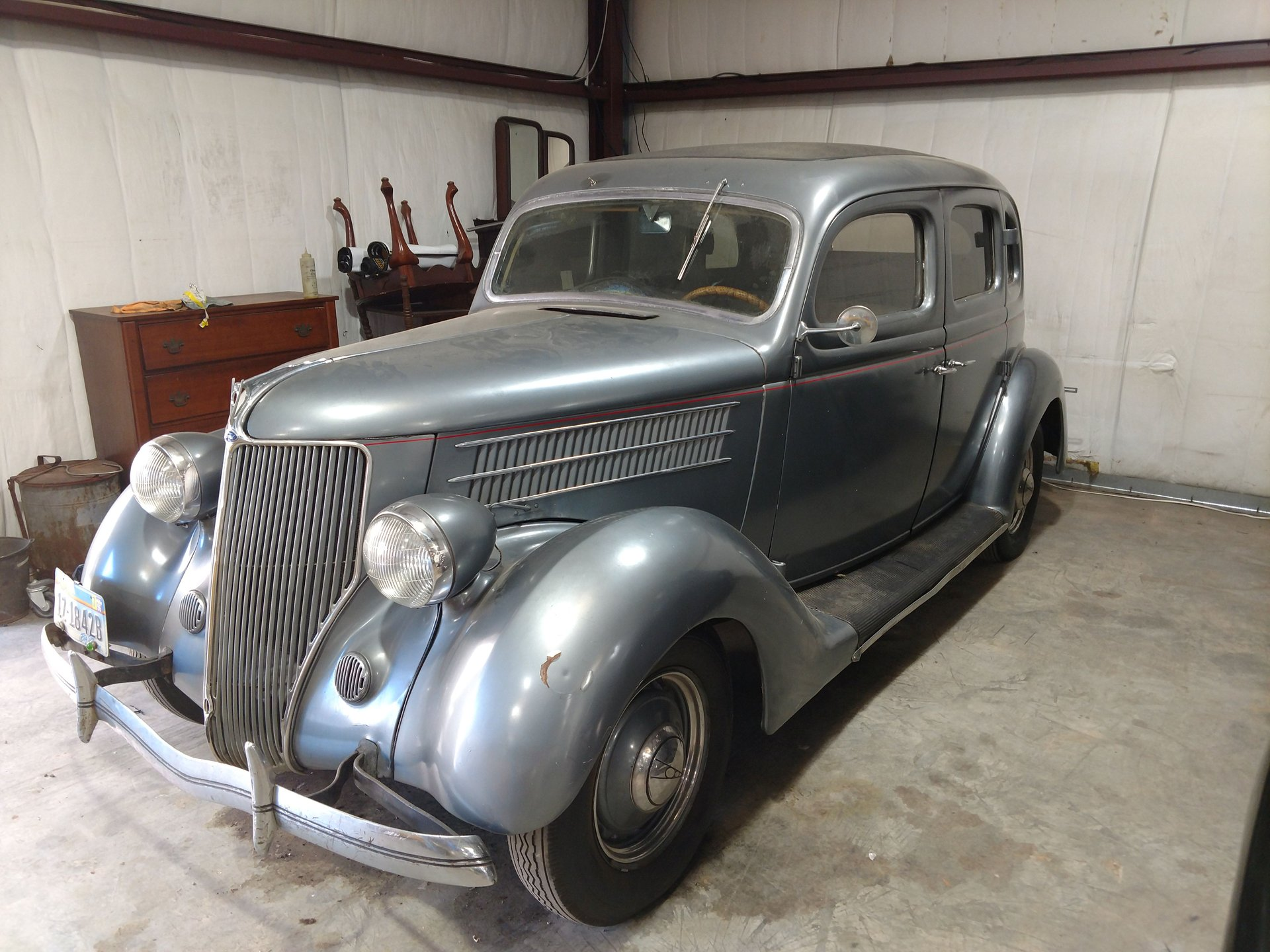 1936 ford 4 door trunkback