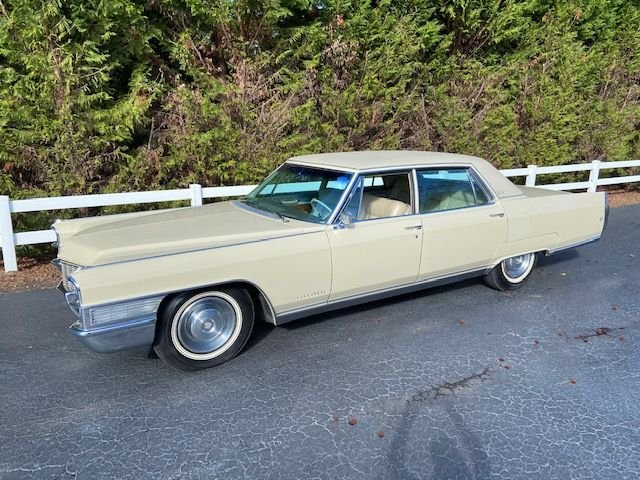 Auction 1965 Cadillac Fleetwood Brougham