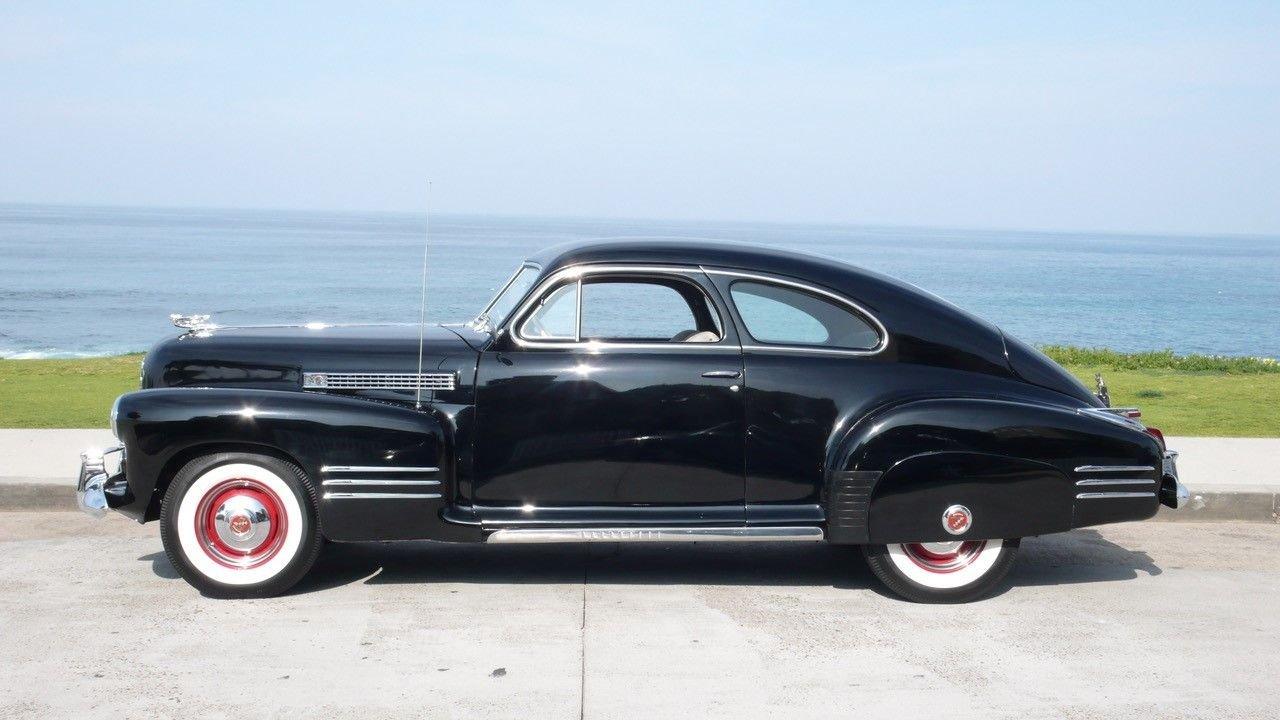 1941 cadillac series 62 sedanette