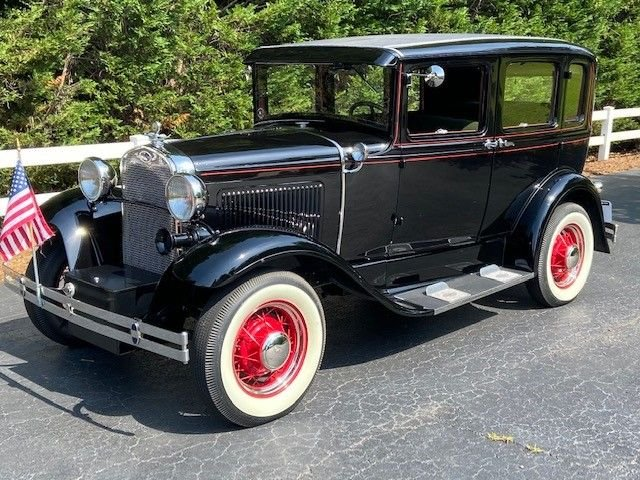 1930 ford deluxe