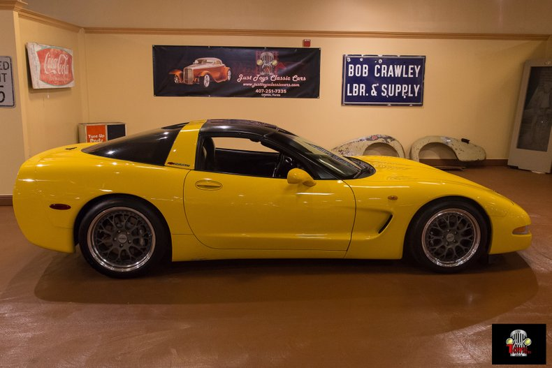 2000 Chevrolet Corvette | Just Toys Classic Cars