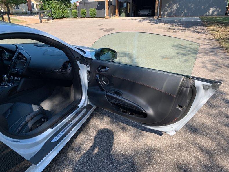 2012 Audi R8 V10