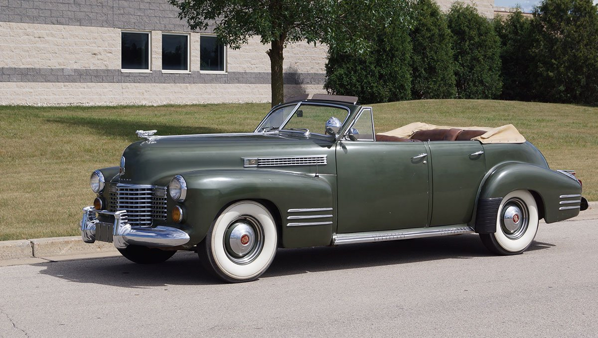 For Sale  Cadillac Series 62 Deluxe