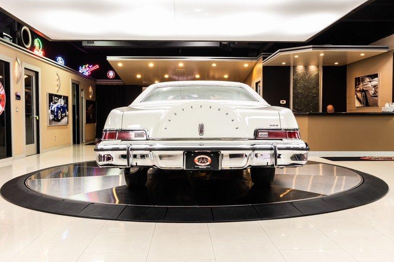 1974 Lincoln Continental 28