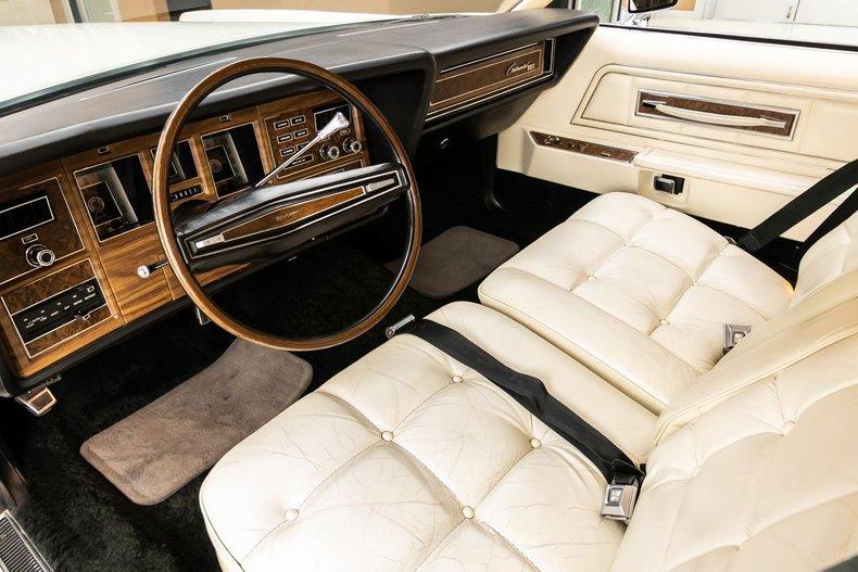 1974 Lincoln Continental 19