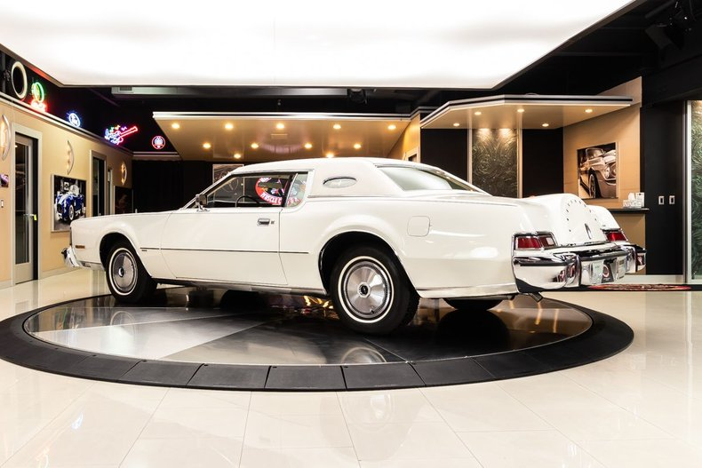 1974 Lincoln Continental 30