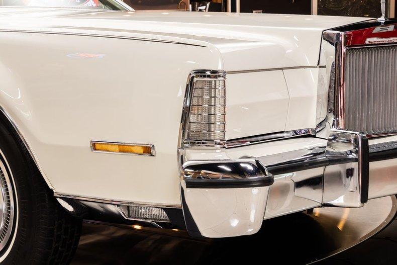 1974 Lincoln Continental 34