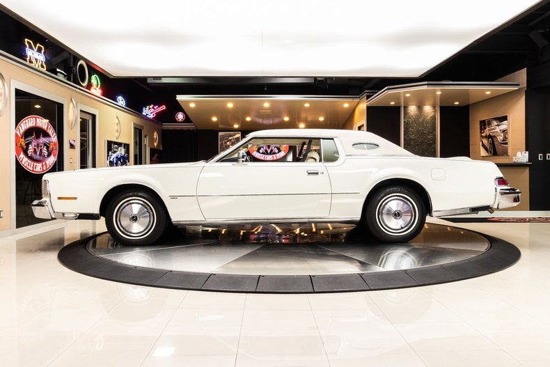 1974 Lincoln Continental 32