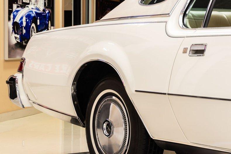1974 Lincoln Continental 36