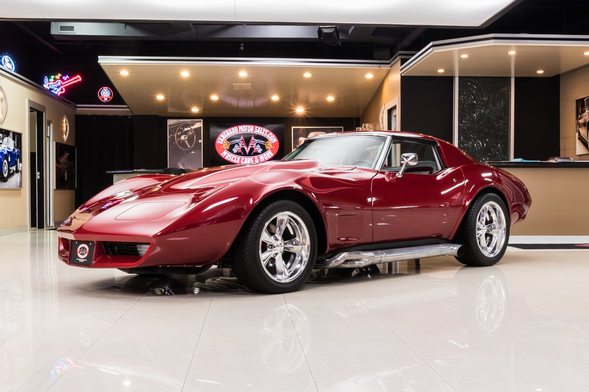 1974 chevrolet corvette restomod