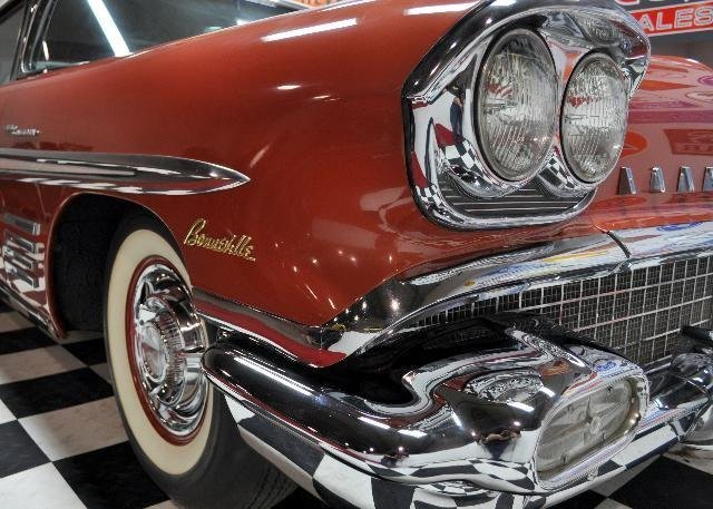 1958 pontiac bonneville fuel injection