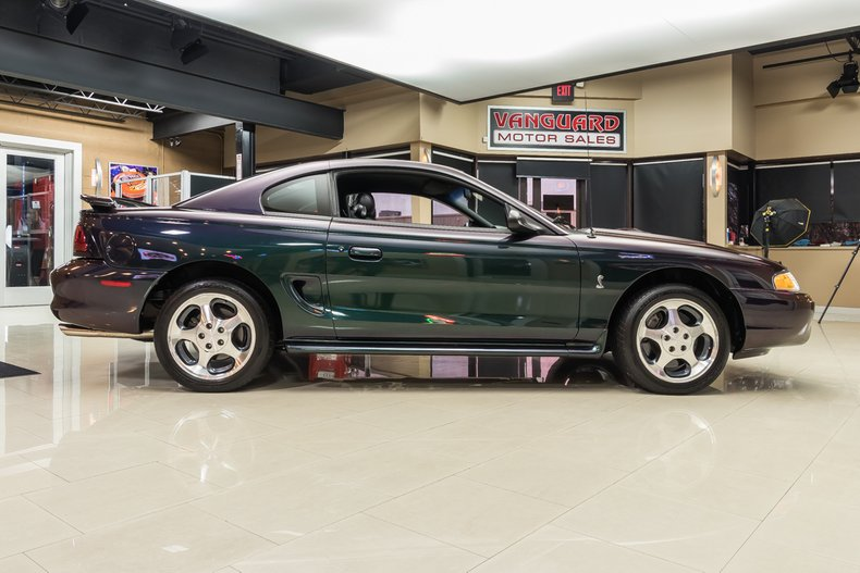 1996 Ford Mustang 10