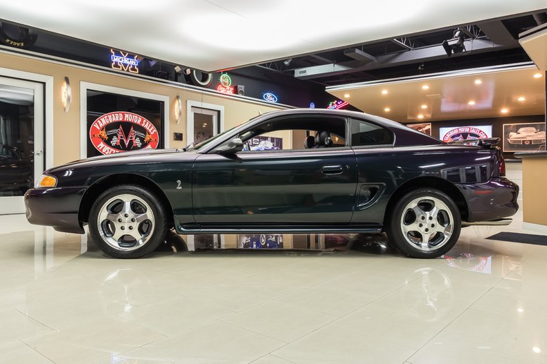 1996 Ford Mustang 17