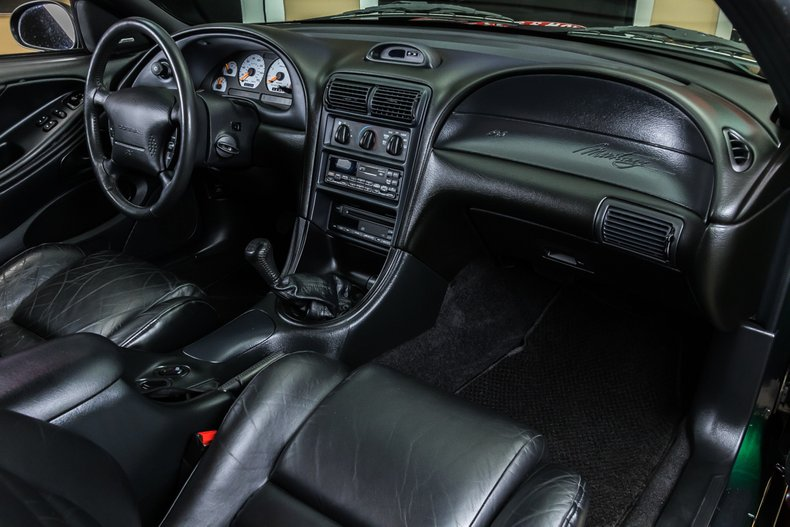 1996 Ford Mustang 64