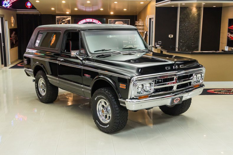 1971 GMC Jimmy 8