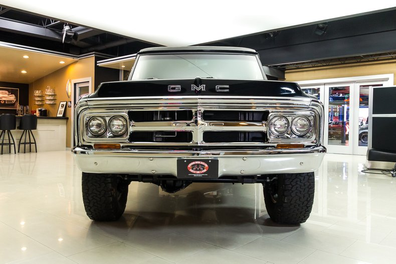 1971 GMC Jimmy 5