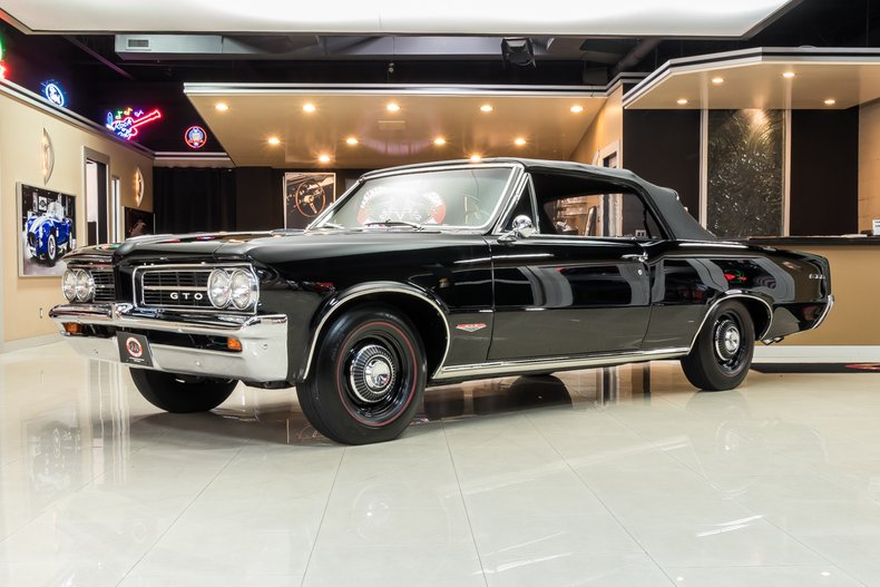 1964 Pontiac GTO 6