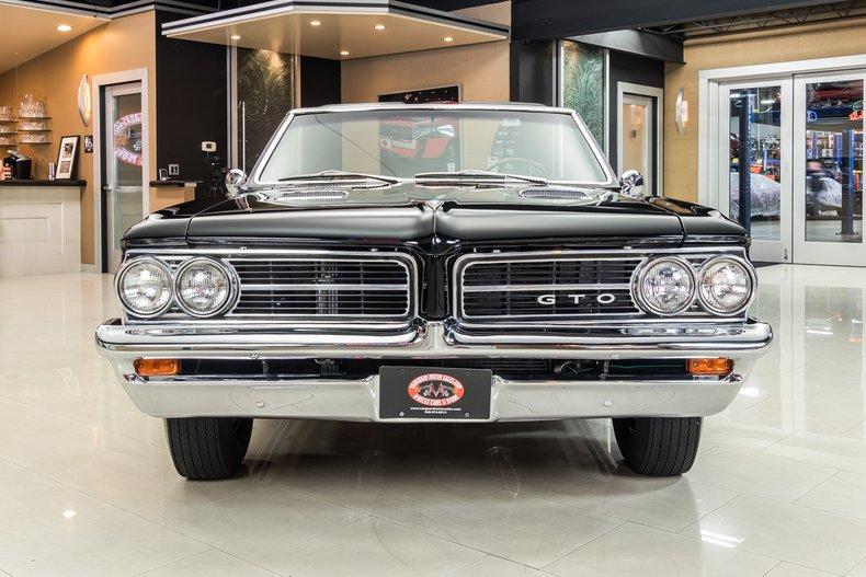 1964 Pontiac GTO 8