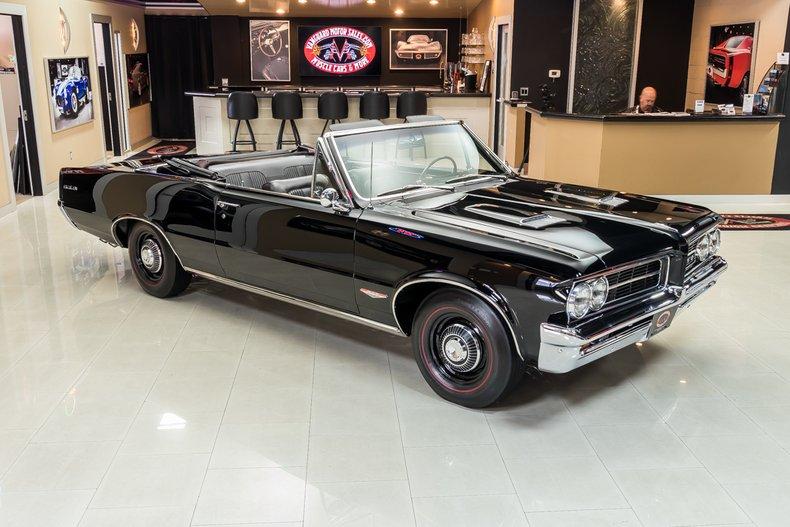 1964 Pontiac GTO 11