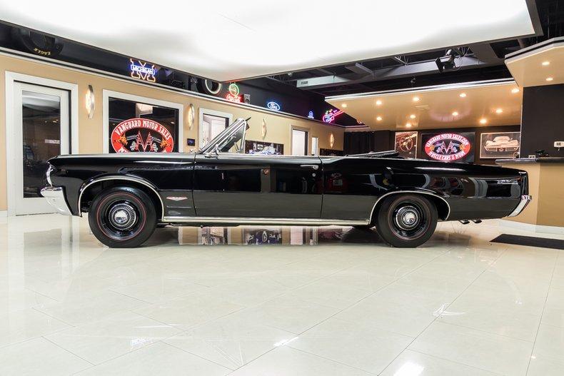 1964 Pontiac GTO 19