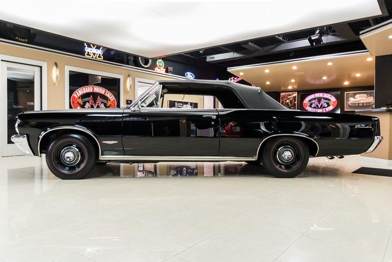 1964 Pontiac GTO 20