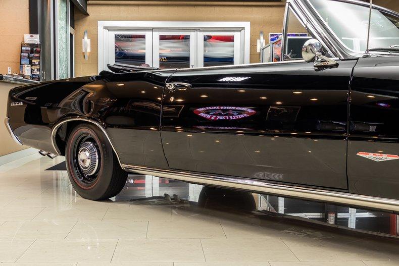 1964 Pontiac GTO 23